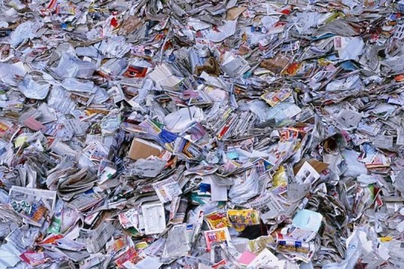 國內廢紙回收利益長期被壟斷。(取自網路)