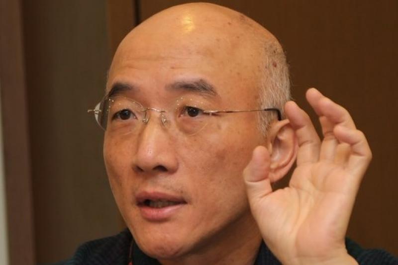 香港科技大學副教授成名提醒,服貿協議通過後,中國將可透過廣告等途徑,改變台灣的文化。(吳逸驊攝)