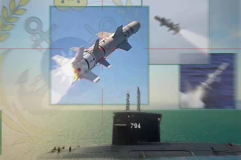 劍龍級潛艦順利結合潛射型魚叉反艦飛彈提升戰力後,海軍之後將採化整為零方式,進行內部作戰、聲納等系統的性能提升。(取自中華民國海軍網站、澳洲國防部網站、波音公司網站/影像合成:風傳媒)