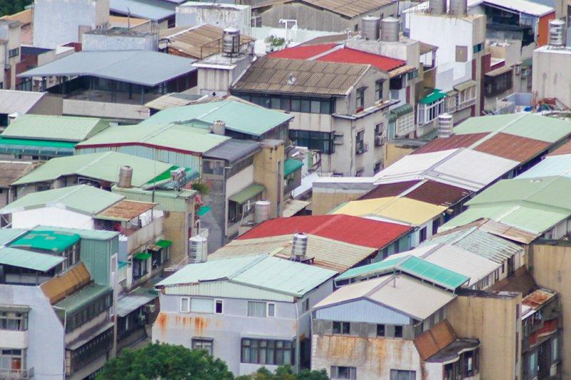 風數據公宅專題-中古宅專題,頂樓加蓋。(曾原信攝)