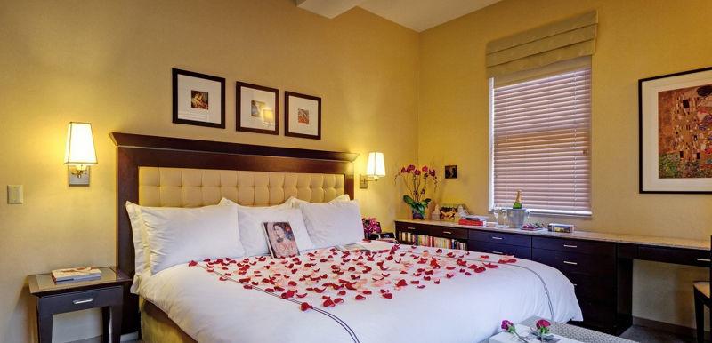 最夯的就位於第11樓的6號房間,也就是浪漫的愛情套房。