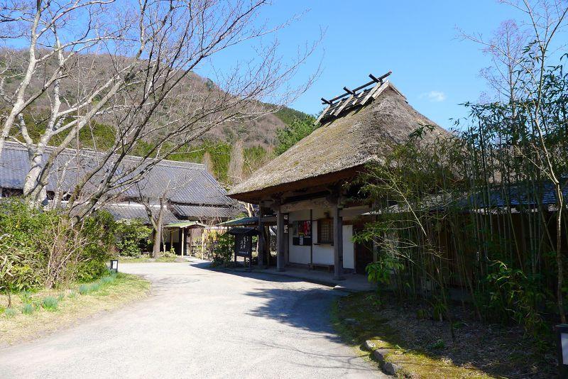 龜之井別莊是湯布院「御三家」之一,前主人中谷健太郎對湯布院發展功不可沒.jpg