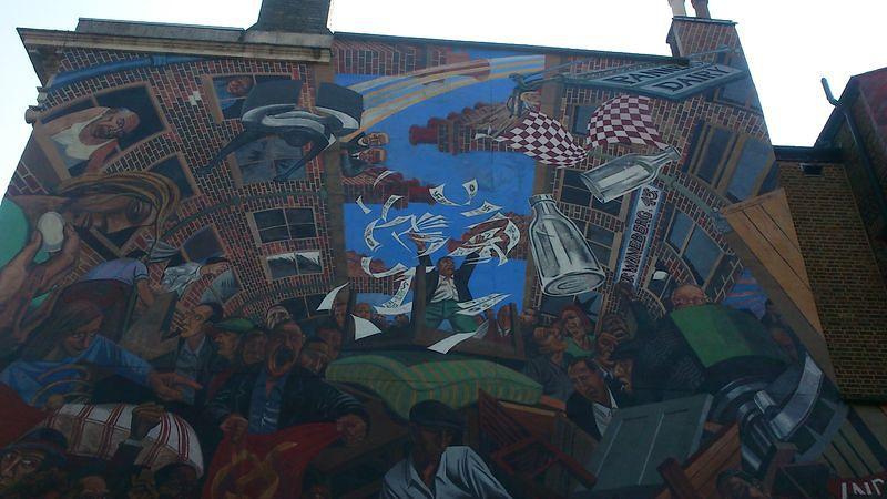 被遺忘的倫敦歷史﹕凱伯街(Cable Street)反法西斯運動紀念壁畫 (白曉紅攝)