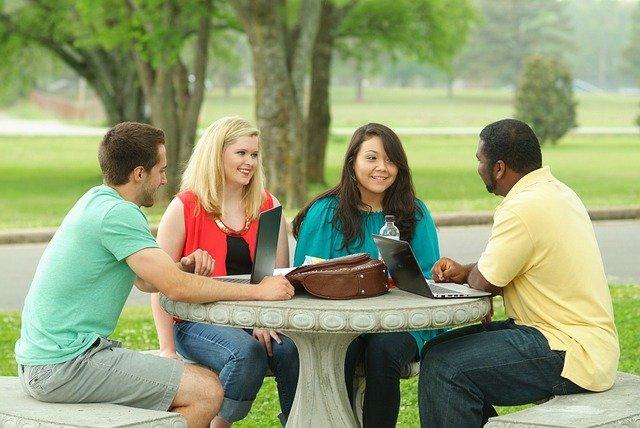 大學文憑重要嗎?英國研究指出:畢業10年後見真章。(取自網路)