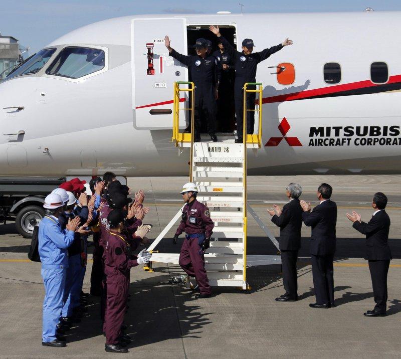 三菱MRJ噴射客機試飛成功 日本飛機產業可望升空