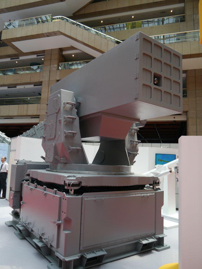 中科以天劍一型飛彈為基礎研發的「海劍羚」短程艦載防空飛彈系統。(朱明攝)