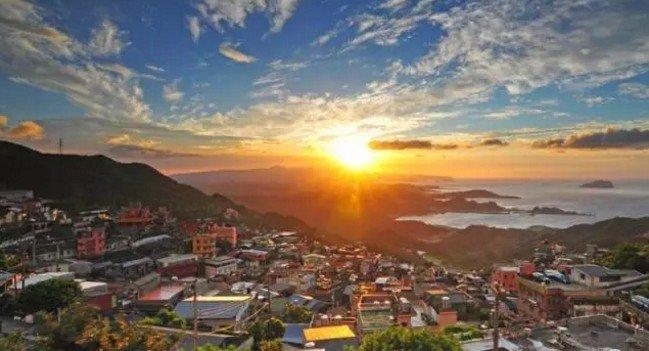 在台灣,有一座小山城,叫九份。(取自微信號直通台灣)