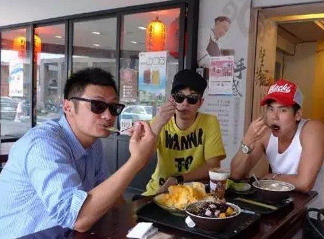 在台灣,有一種熱愛,叫吃冰。(取自微信號直通台灣)