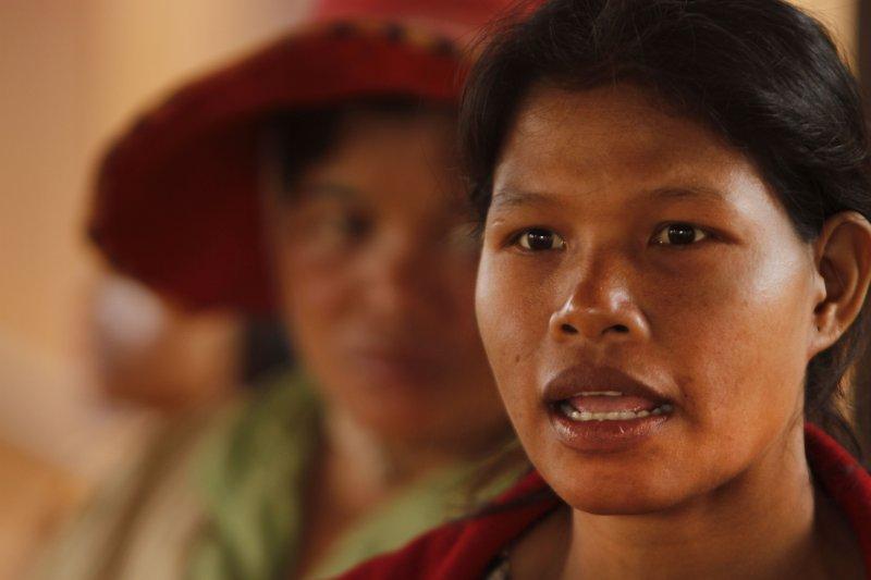 柬埔寨的布農族人因失去家園而怒吼。(美聯社)