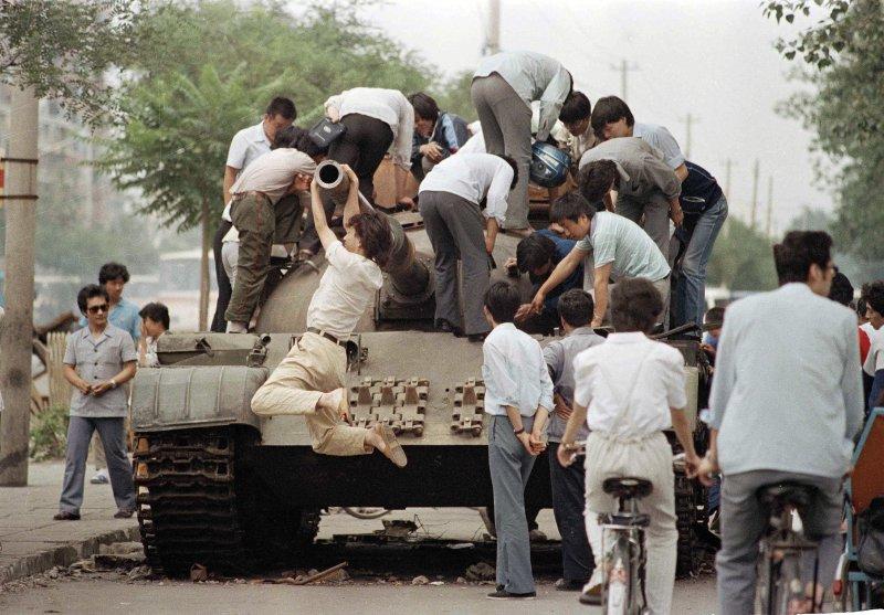 1989年6月4日,六四天安門事件(美聯社)