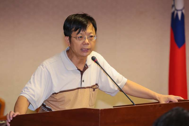 政治大學公共行政系助理教授莊國榮17日出席「食物銀行法草案」公聽會。(顏麟宇攝)