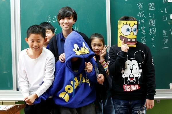 老師的努力讓孩子們開始對數學產生興趣。(圖/Teach for Taiwan提供)