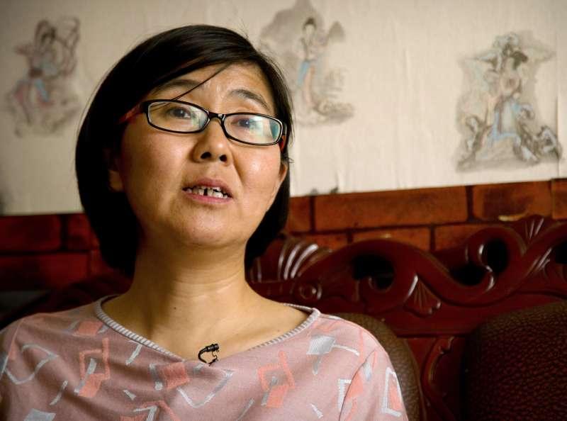中國維權律師王宇突傳保釋出獄,且在專訪中「被認罪」。(美聯社)