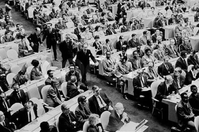 19871年,周書楷黯然帶領中華民國代表們,退出聯合國。