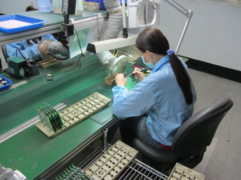 20160831-SMG0045-009-工廠作業員。(取自新北市勞檢處網站).jpg