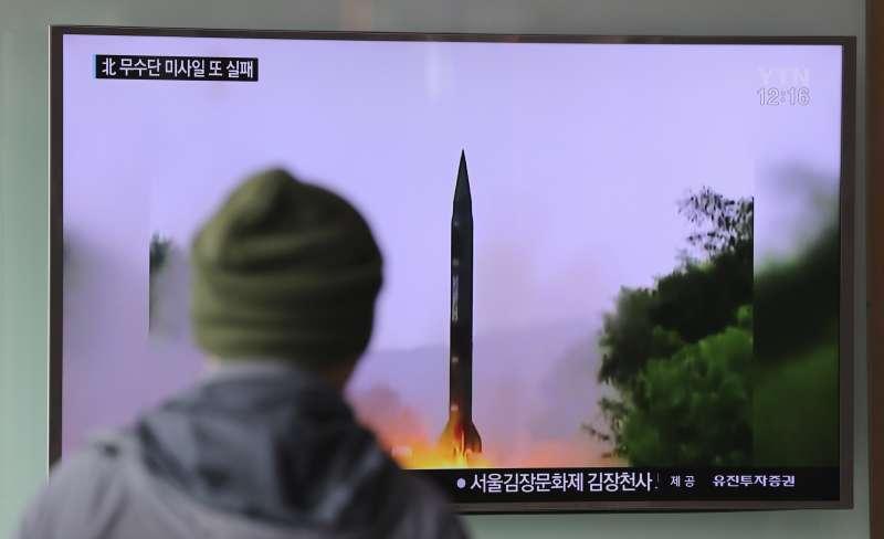 北韓20日再度發射一枚舞水端飛彈,但同樣以失敗告終。(美聯社)