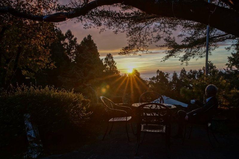 阿里山賓館透過習慣的改變,找到了和自然共處的最佳節能方式。(圖/阿里山賓館@facebook)