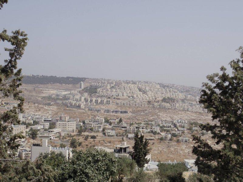 以色列在巴勒斯坦自治區約旦河西岸興建的屯墾區(簡恒宇攝)