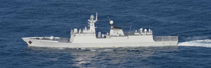 中國海軍大慶艦。(日本統合幕僚監部)
