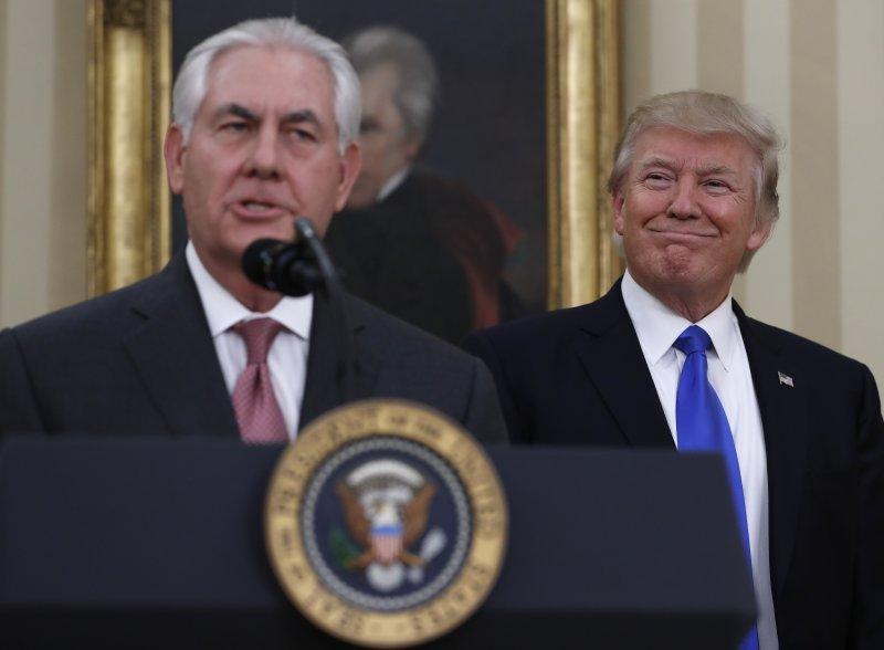 美國新任國務卿提勒森(Rex Tillerson)1日宣誓就任。(AP)