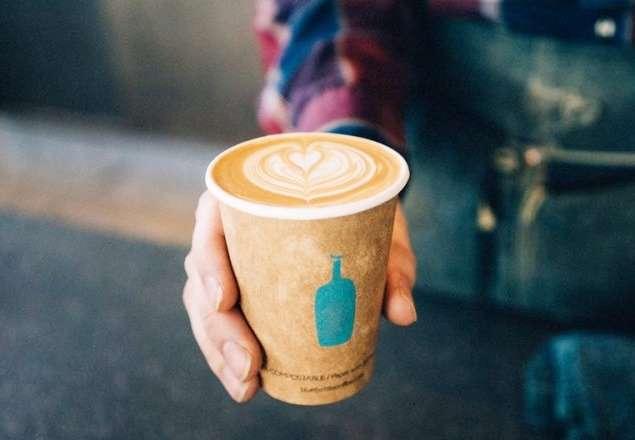 強調個性化的藍瓶咖啡,在競爭激烈的咖啡市場成功進行跨國連鎖。(圖/Blue Bottle Coffee Japan@Facebook)