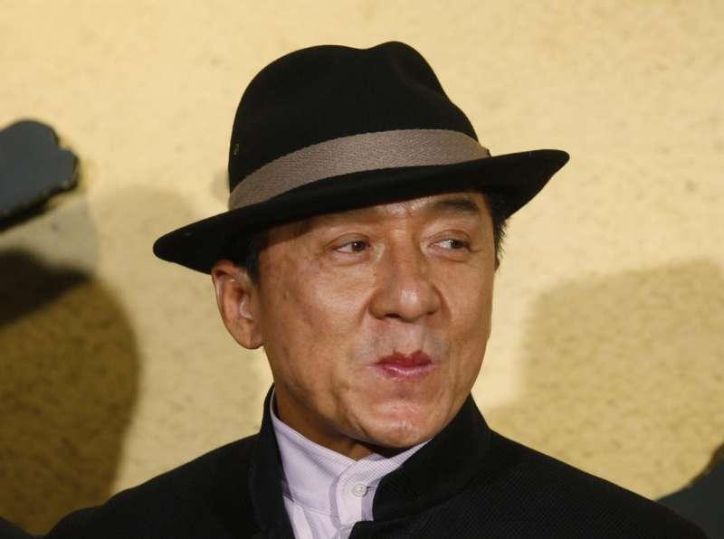 踏入影壇56年的功夫明星成龍,成為首位獲頒奧斯卡終身成就獎的華人。(AP)