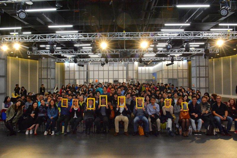 史坦梅茲17日與台灣民眾分享高空攝影精彩旅程。(圖/國家地理雜誌提供)