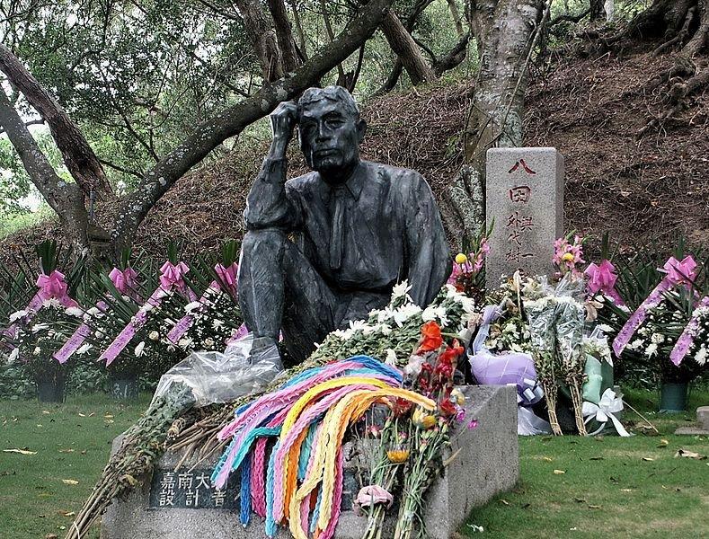 八田與一與外代樹合葬之墓。(圖片:Wikimedia Commons;想想論壇提供)