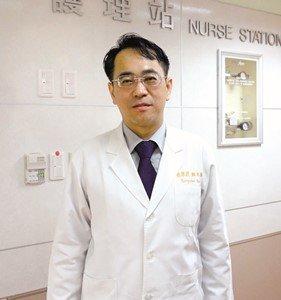 顏宗海醫師。(取自台灣國際器官移植關懷協會)