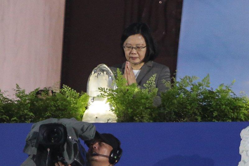 20170514-總統蔡英文14日出席「2017慈濟浴佛大典」。(顏麟宇攝)