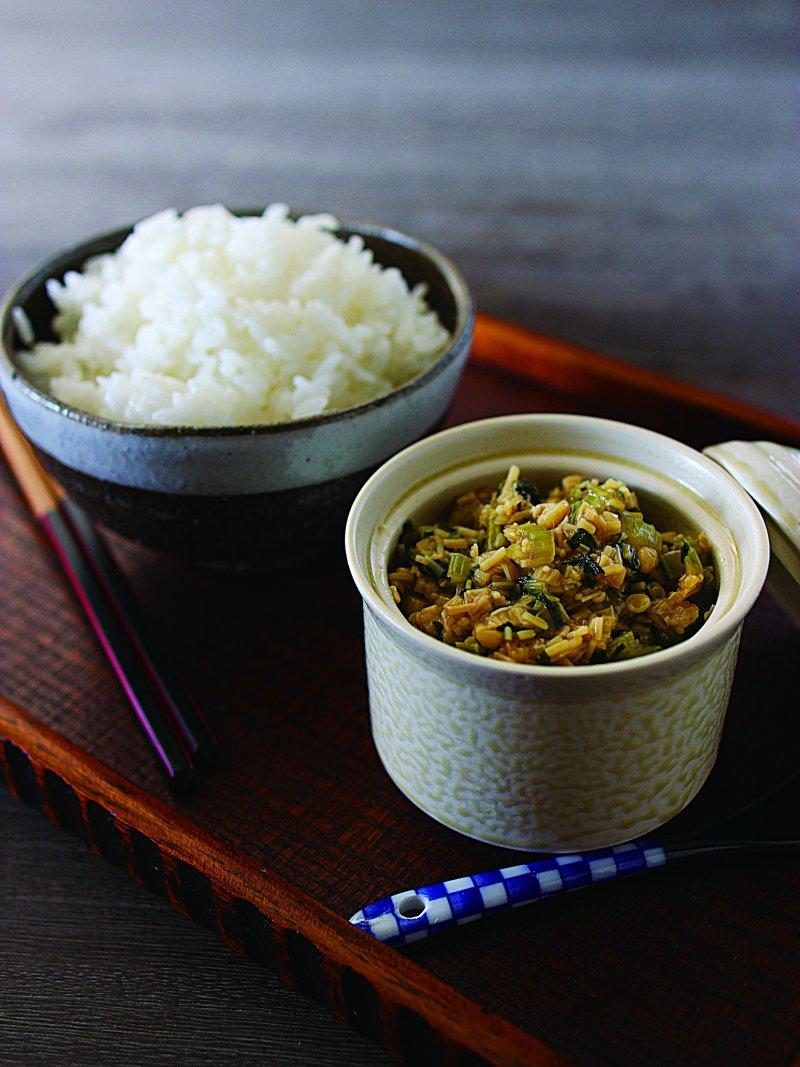 小松菜茸菇醬非常下飯喔。(圖/凱特文化提供)