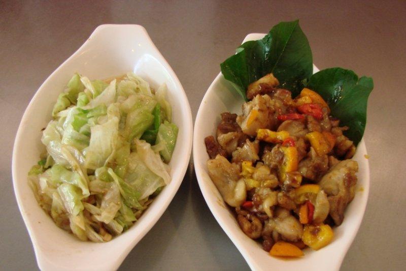 花語鐵板燒是台南在地人的必吃佳餚,嚴選食材搭配親民價格,最適合講究實實在在、腳踏實地的老爸!(圖 / 花語鐵板燒@富邦食神幫)