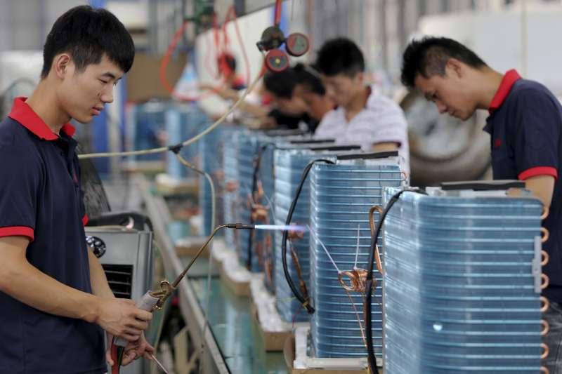 美中貿易戰是否開打?對中國經濟有何衝擊?舉世關注(AP)
