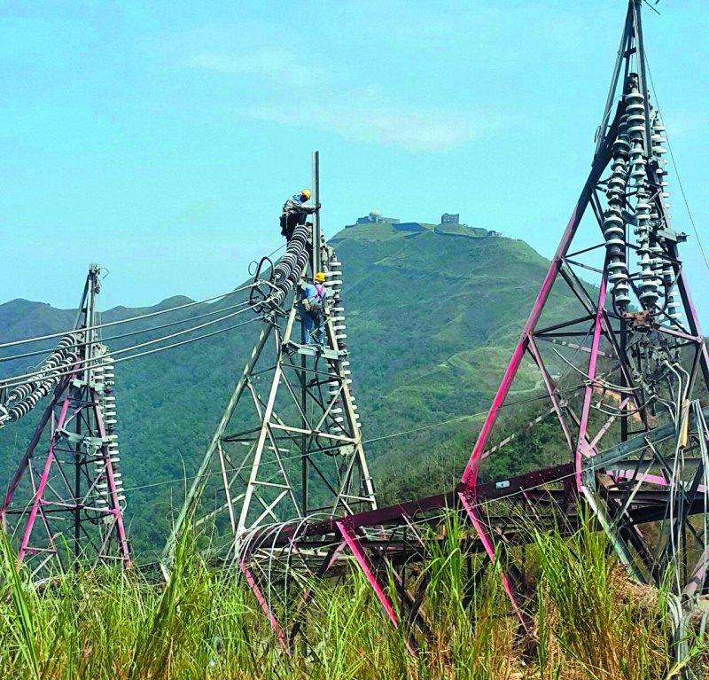 尼莎吹垮花蓮和平電廠輸電鐵塔,讓供電產生大問題。(翻攝自經濟部臉書)