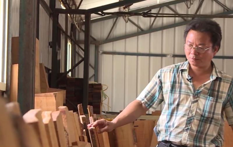 鄭永斌注重細節,對於木頭品質更是講究。
