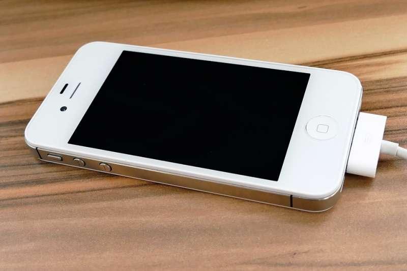 iPhone 4s被視為賈伯斯最後代表作。(圖/Pixabay)