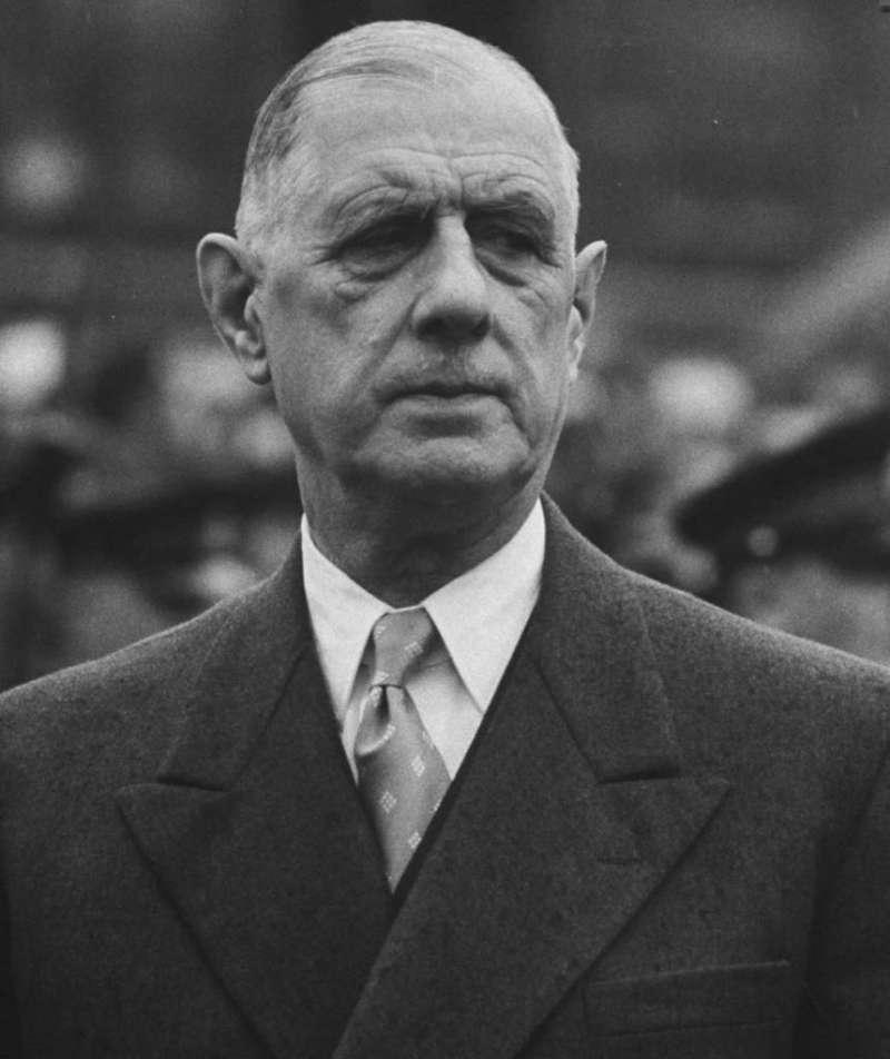 法蘭西第五共和國首任總統夏爾·戴高樂在1958年建立第五共和後,1969年,戴高樂又以本身的引退,維護第五共和。(取自網路)