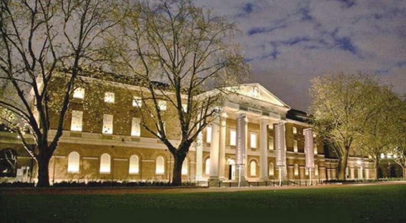 倫敦最優美的免費美術館。(圖/麥田出版提供)