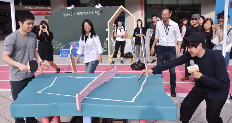 台灣桌球一哥莊智淵特別排開行程來為臺北文創天空創意節百萬作品《想像力公園》助陣。