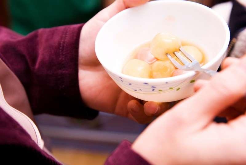 冬至人人搶著吃湯圓,但你知道為何要吃嗎?(圖/木由子攝影@Flickr)