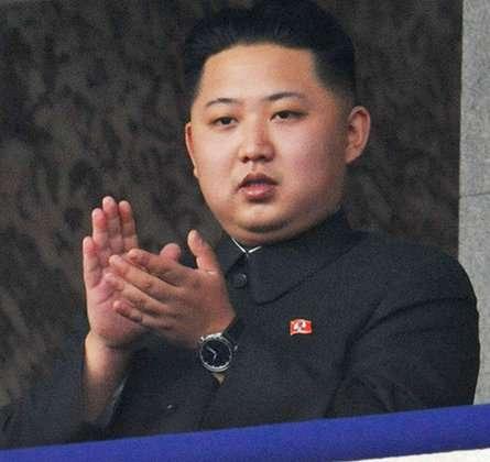 金正恩剛接掌北韓時,還是個稍嫌青澀的年輕人,身形也談不上臃腫癡肥。