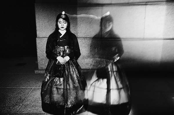 「丟臉」系列,阿格斯·保羅·伊斯塔布魯克,2017年瑪格南圖片街頭獎得主(圖/澎湃新聞提供)