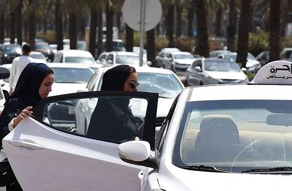 沙特女性為了爭取與男性平等駕車權的努力一直在抗爭。(圖/視覺中國 資料 澎湃新聞提供)
