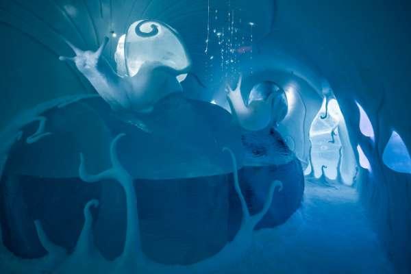 設計師 Carl Wellander & Ulrika Tallving 所設計的 「Ground Rules」(圖/Asaf Klige Ice Hotel Jukkasjärvi)