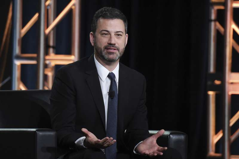 《吉米夜現場》主持人吉米金莫(Jimmy Kimmel)。(美聯社)