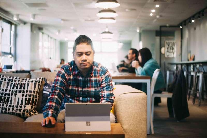 重視便利性、安全性、人際交流,創辦人 Daniel 成立《趣工作 Keepworking 》,提供一個舒適空間讓斜槓們「好好工作」。