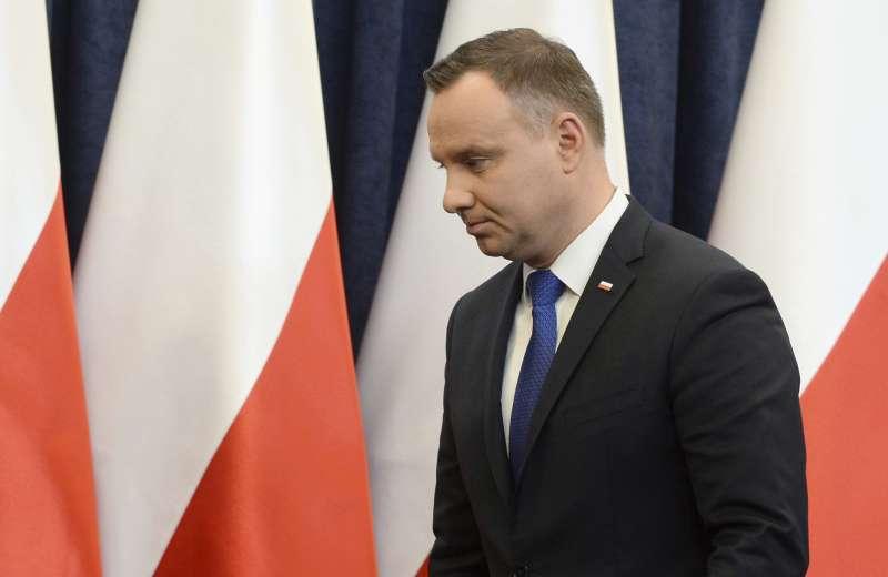 波蘭總統杜達簽署新法,禁止將納粹德國所犯罪行歸咎於波蘭民族或國家,被批為否認猶太大屠殺與箝制言論自由。(美聯社)