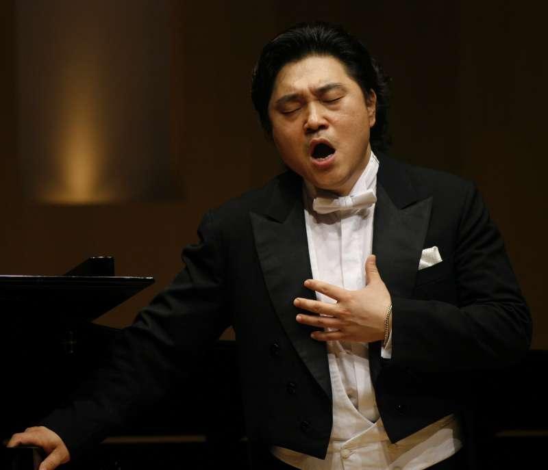 來自韓國的男高音裴宰徹,將獻上第一次在台大型公開演出。(圖/高雄市政府文化局提供)
