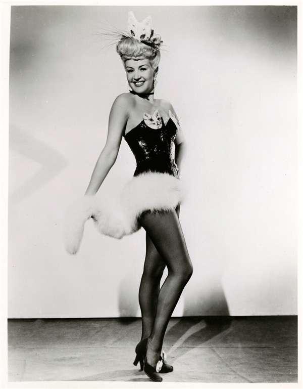 貝蒂‧葛萊寶(Betty Grable)標準照。(圖/澎湃新聞提供)