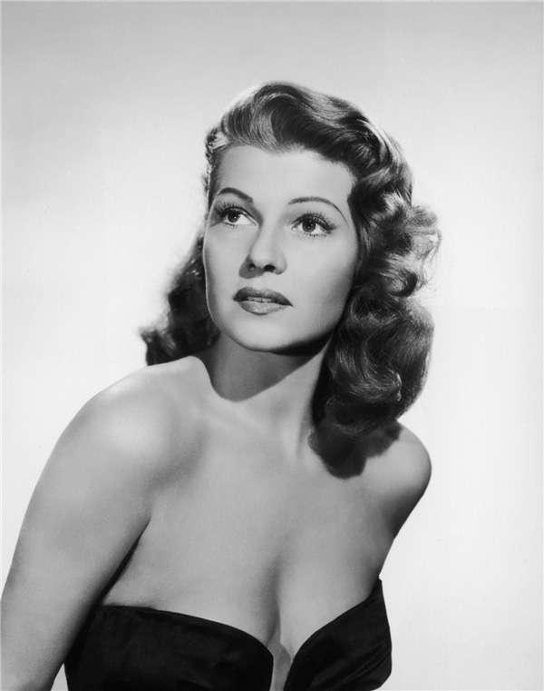 麗塔‧海華絲(Rita Hayworth)標準照。(圖/澎湃新聞提供)